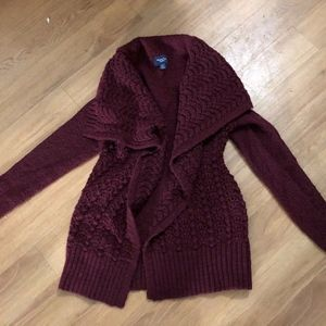 Burgundy American Eagle sweater XS